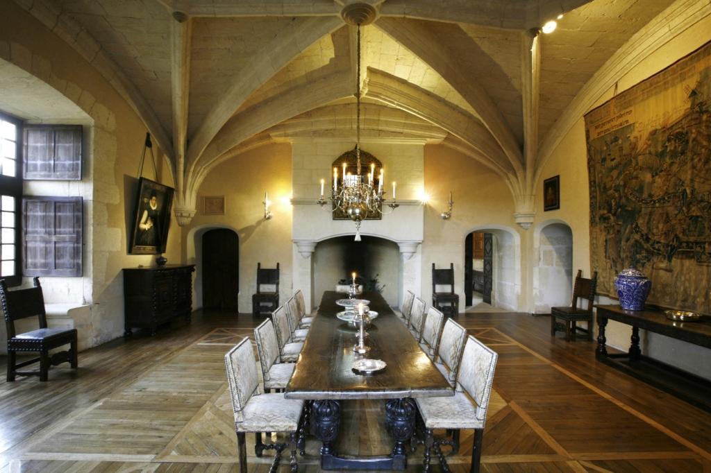 Château de Losse salle voûtée