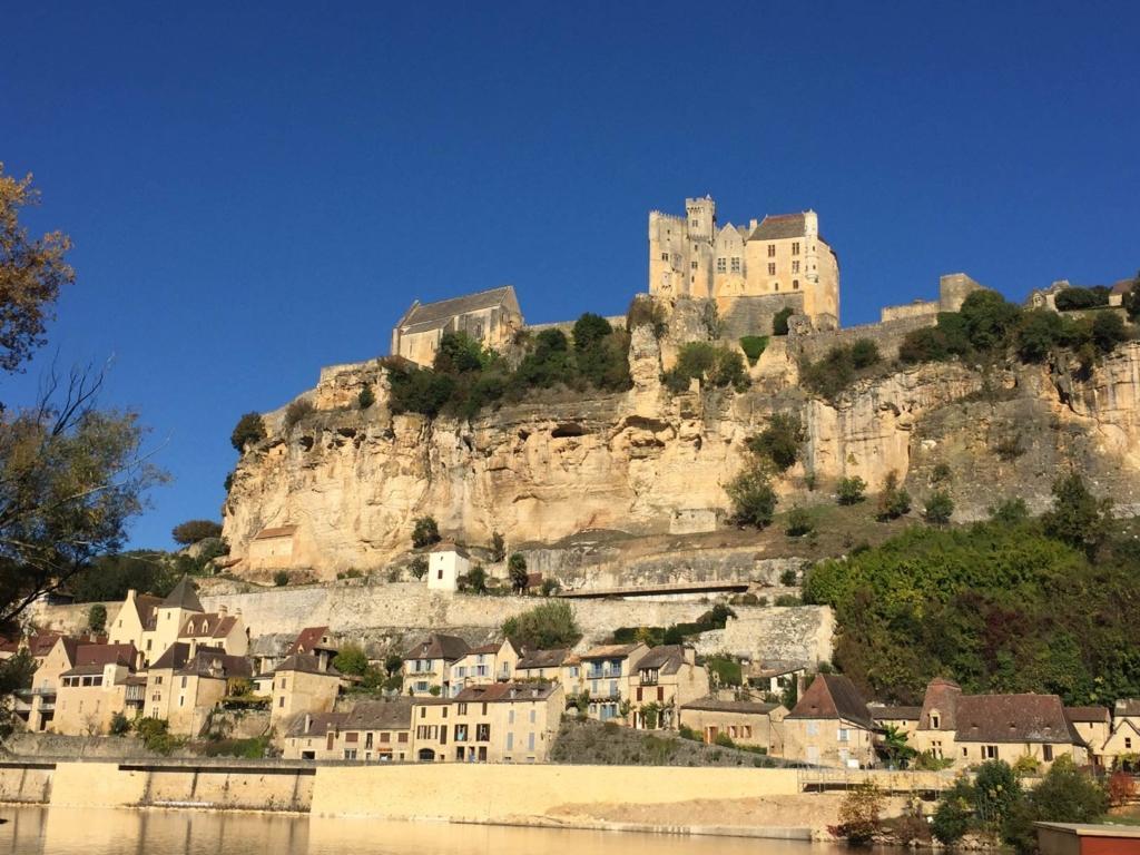 Château de Beynac vue depuis la Dordogne