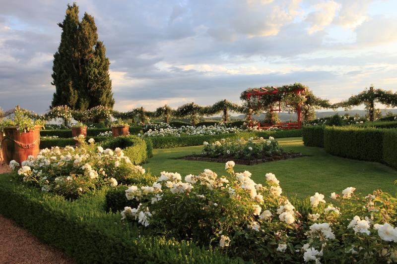 Jardin Blanc d'Eyrignac ©Georges Lévêque