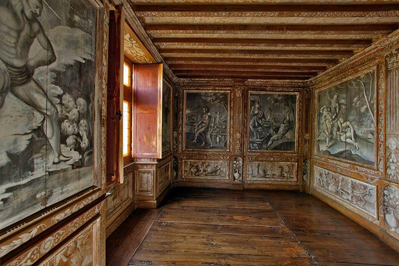 Château de Puymartin cabinet mythologique