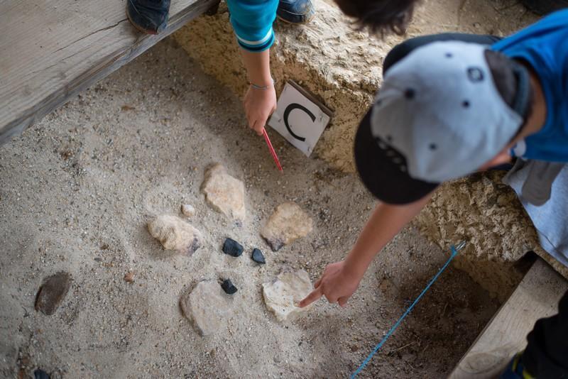 Parc du Thot Atelier préhistoire fouille