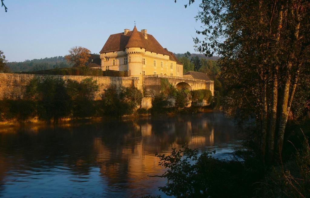 Château de Losse vue Vézère